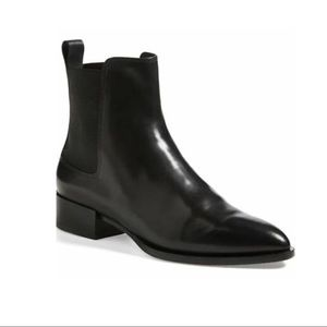 Vince • Yarmon Chelsea Leather Boot